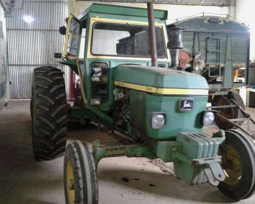 Tractor Marca J. Deere