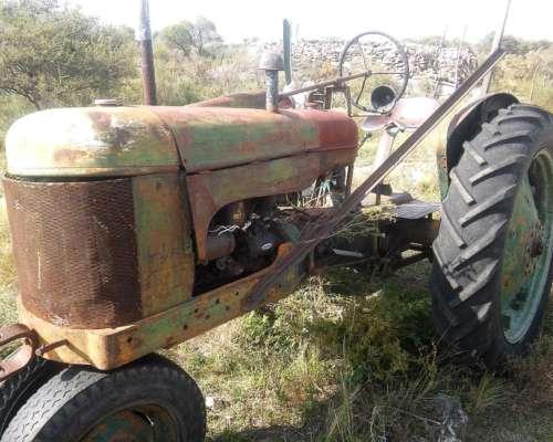 Tractor Naftero UNA Joya